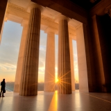 Lincoln Memorial sunrise view